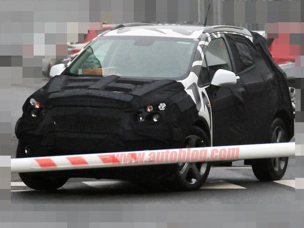 Première prise : le Crossover Chevrolet Aveo est de sortie