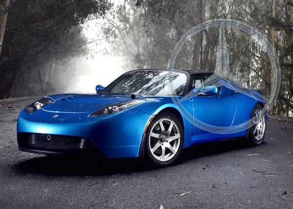 Tesla et Daimler : connectés !