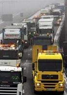 Hausse du carburant : 3000 camions au ralenti sur les routes françaises aujourd'hui