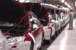 La grève des routiers espagnols bloque aussi Renault