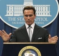 Schwarzenegger poursuit sa guerre contre la pollution
