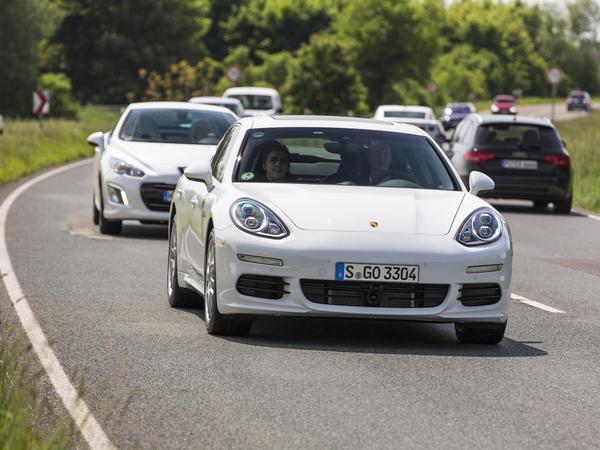Porsche annonce 4,4 l/100 km réels pour sa Panamera hybride rechargeable