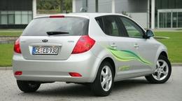 Kia Cee'd Hybrid : pas avant 2010 mais déjà à Paris