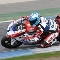 Superbike - Assen M.2: Carlos Checa donne la leçon à Max Biaggi