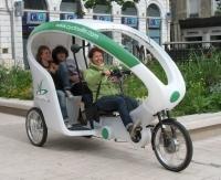 Des vélos-taxis électriques à Lille, aux Sables-d'Olonne, à Pau et à Toulouse