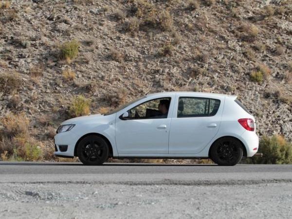 "La future Renault Sandero ""RS"" surprise!"
