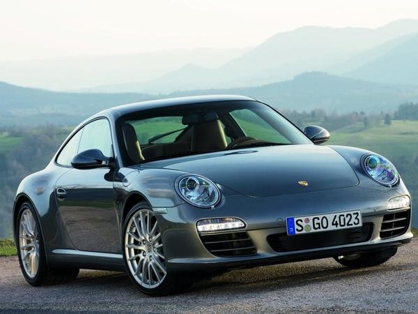 """Porsche 911, voiture """"la plus fiable"""" en Allemagne"""
