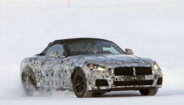 Future BMW Z5 : en hybride et avec quatre roues motrices