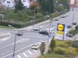 [Vidéo] Un rond point vraiment désordonné en Allemagne