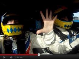 Joao Barbosa emmène sa femme à 300 km/h sur le circuit de Daytona