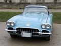 Photos du jour : Chevrolet Corvette (Vincennes en Anciennes)