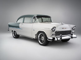 SEMA Show 2009 : joli travail sur une Chevrolet de 1955 équipée d'un V8 LS3