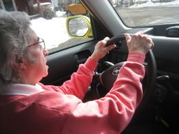 Sécurité routière : doit-on instaurer un contrôle médical obligatoire à partir d'un certain âge ?