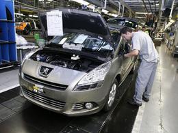 PSA a produit en France trois fois plus de voitures que Renault en 2011