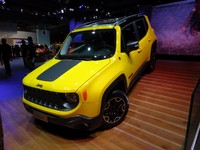 Jeep Renegade : hit assuré ? - Vidéo en direct du Salon de Paris 2014