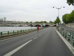 Paris : la rive droite bientôt fermée aux automobilistes ?