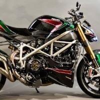 """Style - Ducati: Un Streetfighter S """"Little Italy"""" de belle facture"""