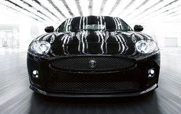Vidéo Pub : Jaguar XK/R-S, pas pour les papys !