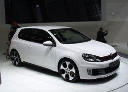 Volkswagen Golf GTI en direct du Mondial