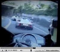 La vidéo du jour : Bugatti Veyron versus Porsche Carrera GT versus Yamaha R1