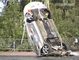 Destruction Porsche Boxster : Tapez 1 pour le casser, Tapez 2 pour laisser tomber
