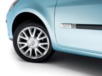 Renault Clio by Rip Curl : surf attitude