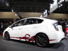 Tokyo Auto Salon 2011 : Toyota Prius G Sports Concept, le Honda CR-Z bientôt plus seul