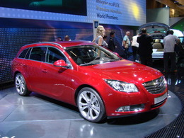 L'opel Insignia Sports Tourer en direct du mondial.
