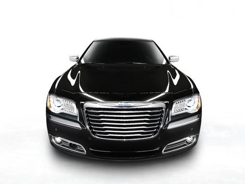 Chrysler 300 : une version hybride en 2013