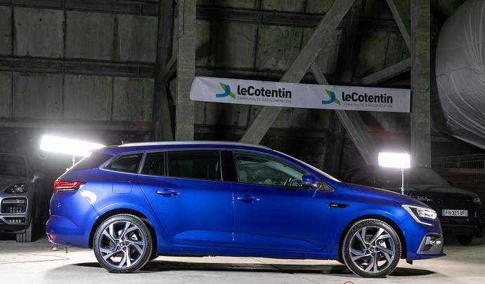 Renault Mégane Estate restylée: très prisée - Salon de l'auto Caradisiac