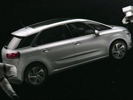 Le Citroën C4 Picasso s'offre une pub TV spatiale