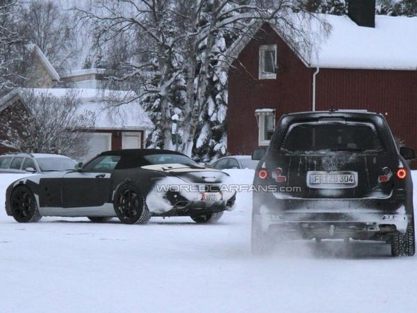Spyshot : les prochains Mercedes GL et SLS Roadster ensembles sur la neige