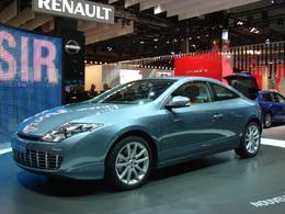Renault Laguna Coupé en direct du Mondial