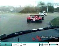 La vidéo du jour : Caparo T1 on the road !