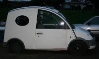 Petit cube mais gros V8 que ce Nissan S-Cargo là!