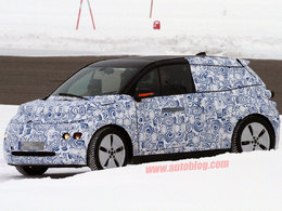 Surprise : la future BMW i3 sous la neige