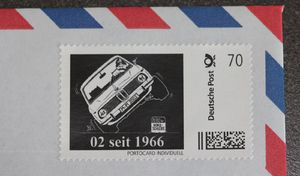 Les 50 ans de la BMW Série 02 célébréssur des timbres dessinés par un Français