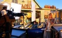 Paris Hilton au volant d'une Spyker