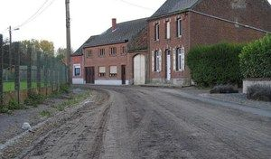 Sécurité routière: la boue sur la route, qui est responsable?
