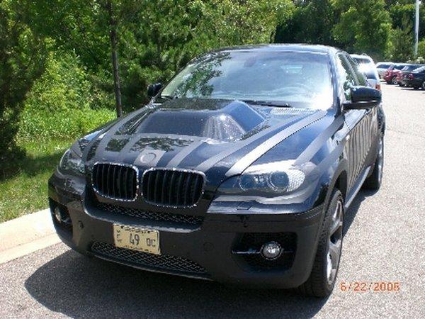 Une BMW X6 mystère qui bulle !