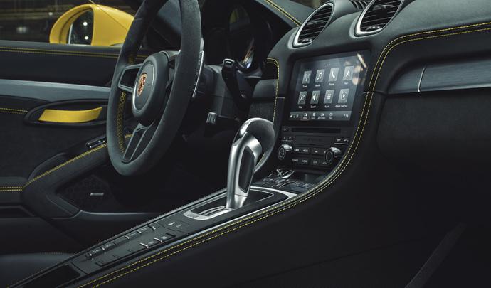 """Porsche : arrivée de la boîte PDK sur les """"petites"""" 718"""