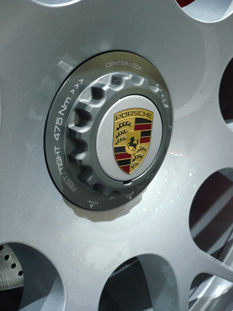 porsche ecrou central en option sur les  turbo