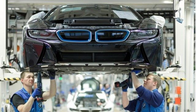 BMW, Jaguar Land Rover et Ford en discussion pour une usine de batteries ?