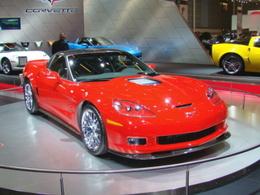La ZR1 allume le stand Corvette au Mondial