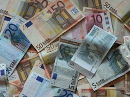 Etude ACA 2012 : les taxes représentent le quart du budget de l'automobiliste français