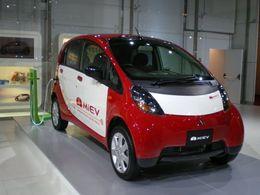 Avec la Mitsubishi i MiEV électrique, le courant passe !