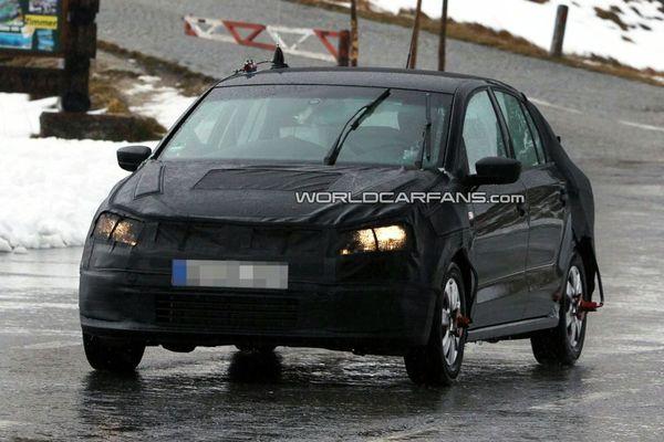 Spyshot : Volkswagen Polo quatre portes