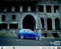 Vidéo Top Gear : Hammond course des skieurs en Audi RS6. En France !