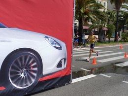 Alfa Romeo partenaire de l'Iron Man avec la 4C