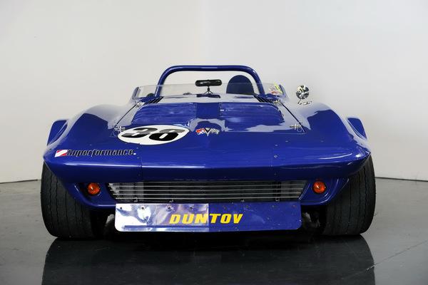 Une magnifique réplique de la Corvette Grand Sport 1963 construite par Superformance